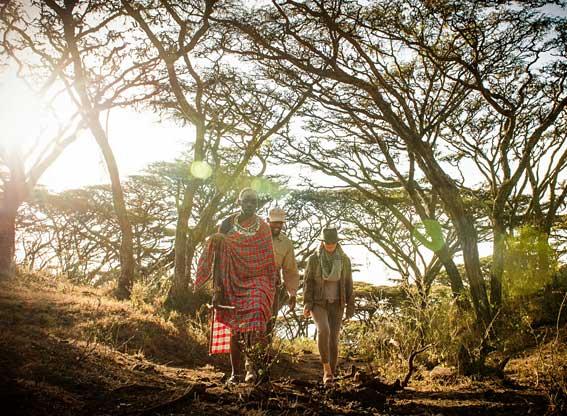Entamanu-walk-with-maasai