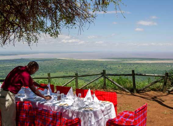 Manyara-serena-dining-view